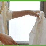 梅雨時の洗濯物の臭いの原因はコレだ!部屋干しでも臭わないコツは?