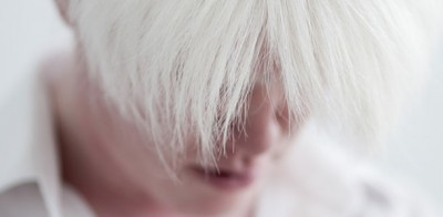 若白髪の原因と改善方法!抜く、染めるはOK?最適な対策方法とは